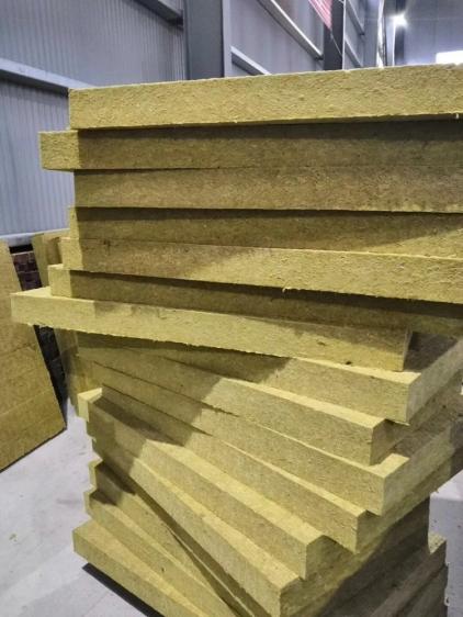 建筑岩棉板